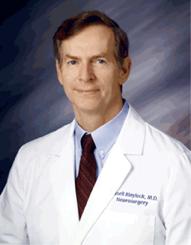 ¤ Un neurologue met en garde : l'aluminium des chemtrails pourrait entraîner une « explosion des maladies neurodégénératives » dans Chemtrails et pluies de fils/fibres/etc... dr-russell_blaylock-mug