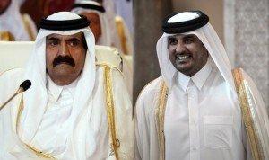 ¤ Ingérence impérialiste au Moyen-Orient : Le roitelet du Qatar passe à la trappe… dans Outils/Bon à savoir emir-qatar-cede-pouvoir-fils-300x178